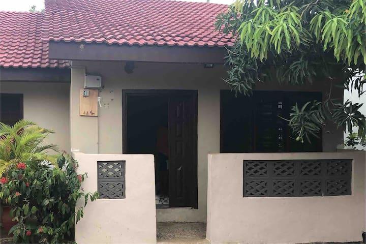 NiiBona's Residence