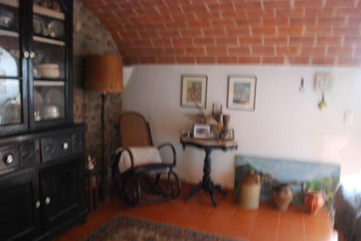 Casa de pueblo, muy acojedora y romantica - Cervià de Ter - Casa
