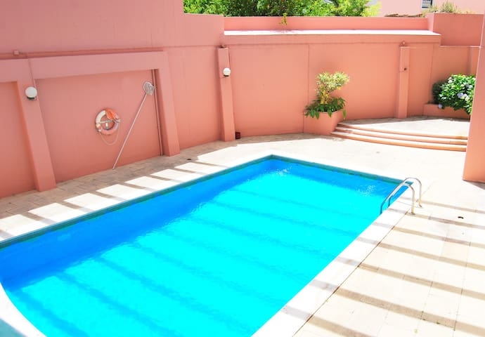 RH ESTRELA 27, Swimming Pool & Parking