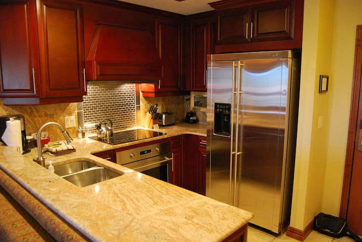 White Pines 1-BD Located at Westgate - Orion