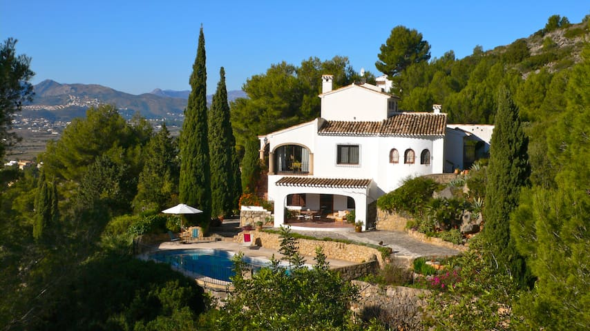Villa with pool and wonderful views - JÁVEA - Lomamökki