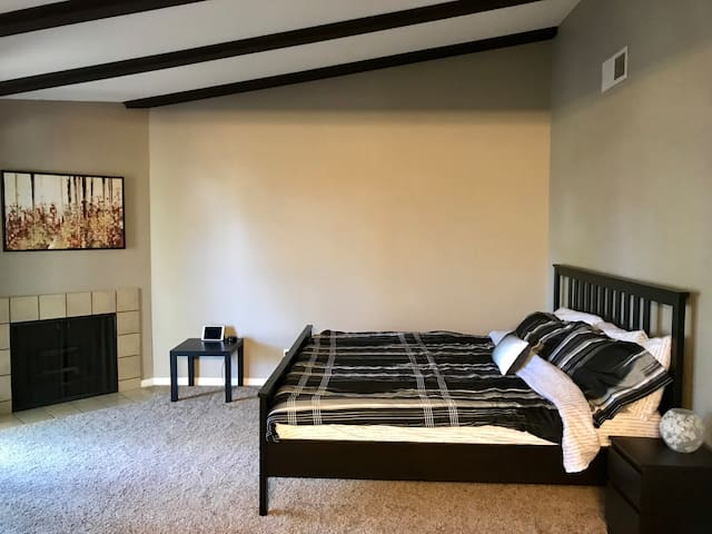 Citrus Heights Oasis King Suite
