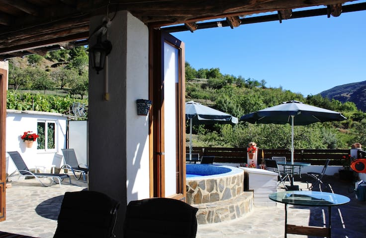 A beautiful spot in the Alpujarras 1 (B&B-room)