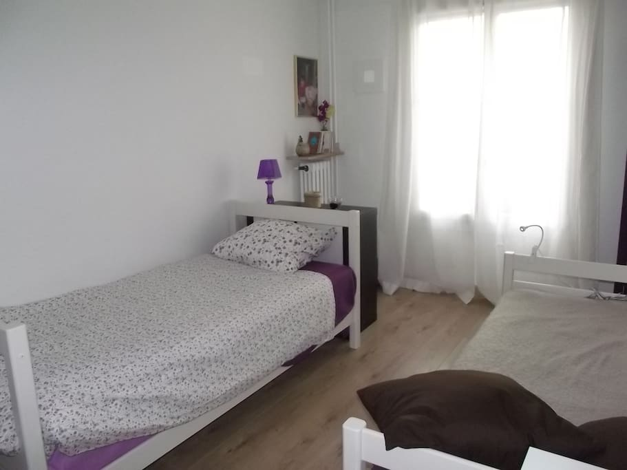 Lonely traveller 39 s b and b in nice chambres d 39 h tes for Chambre d hote nice