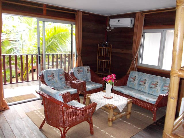 Family Bungalow 3 bedroom forest side