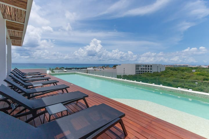 Stylish Studio 2 Blocks to Beach - Caribbean Dream