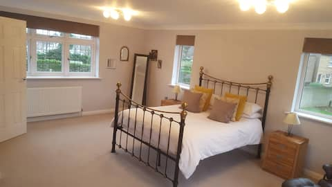 Very large, modern, double bedroom & shower room.