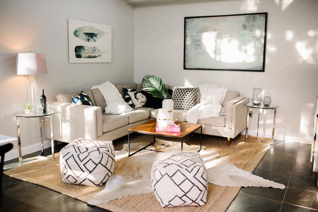 Designer touches from Jonathan Adler, Kate Spade and Austin-based Katie Kime add a fashion-forward flair to this stand-alone guest house.