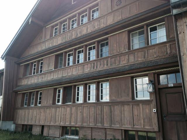 Tolles Bauernhaus mit Aussicht - Schwellbrunn