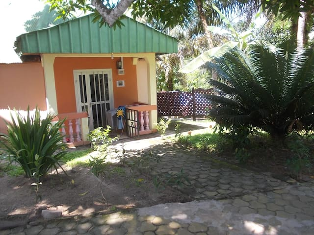 Apart'Hotel and BnB rooms Kribi sea - Kribi - Casa