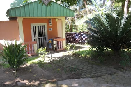 Apart'Hotel and BnB rooms Kribi sea - Kribi