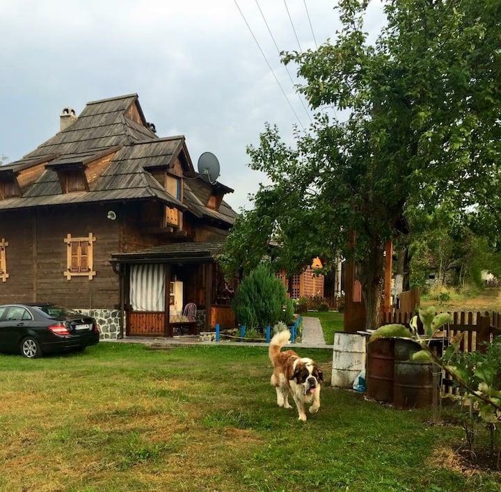 Brvnara Mrkic 1  Chalet-Casa di legno