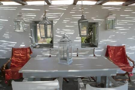 Casa Olimpo, Antiparos-Soros