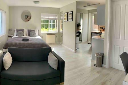 Arben Lodge, Studio Apartment near Cambridge
