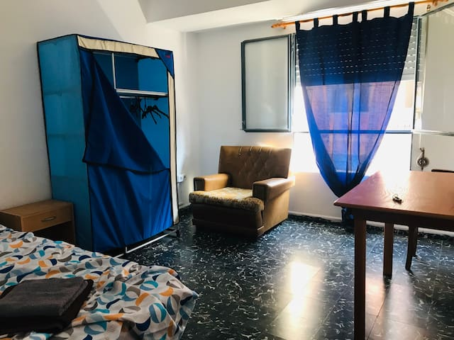 Single room Benimaclet -WiFi &close to city center