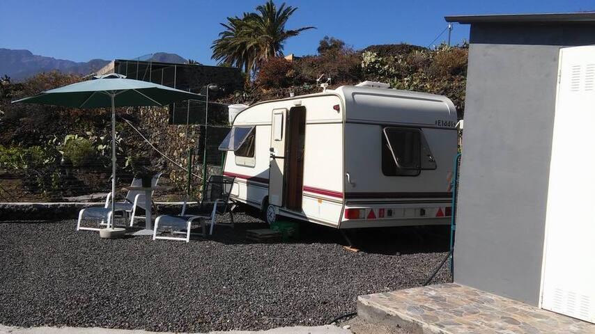 Wohnwagen La Palma auf der sonnigen Westseite