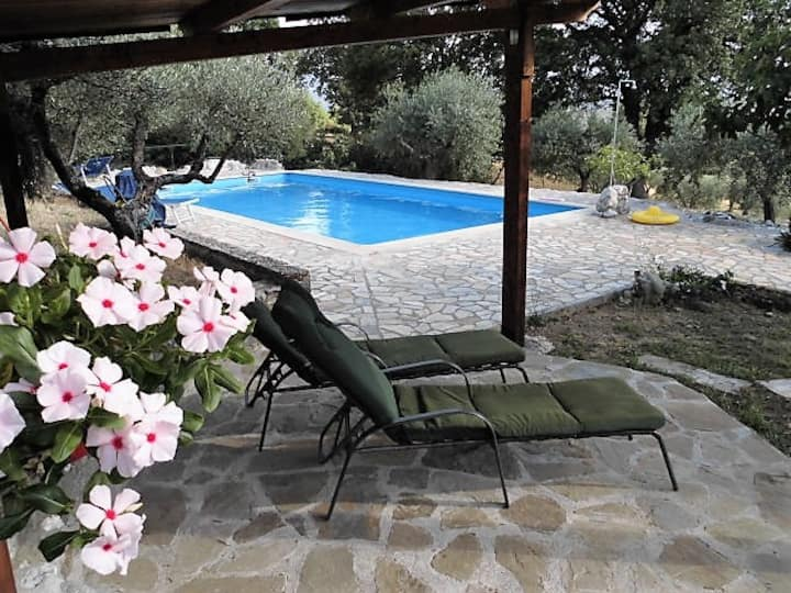 Casa Lucertola, Landgoed Pettirosso