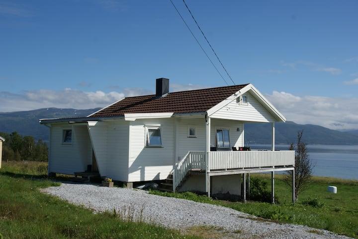 Great small house at Larseng