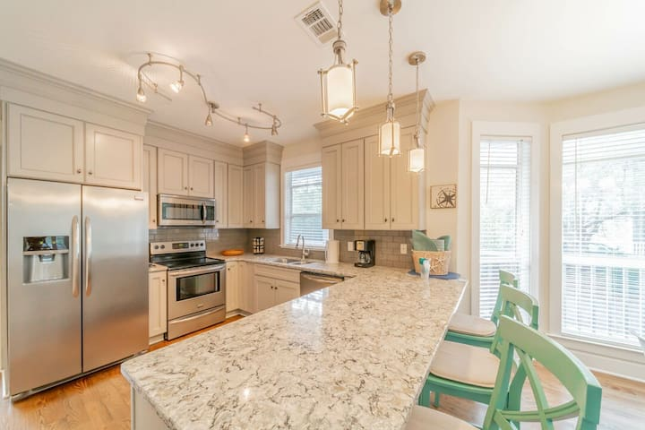 Decked Out ~ Seagrove Beach ~ Kitchen/Bar Area ~ Paradise Properties