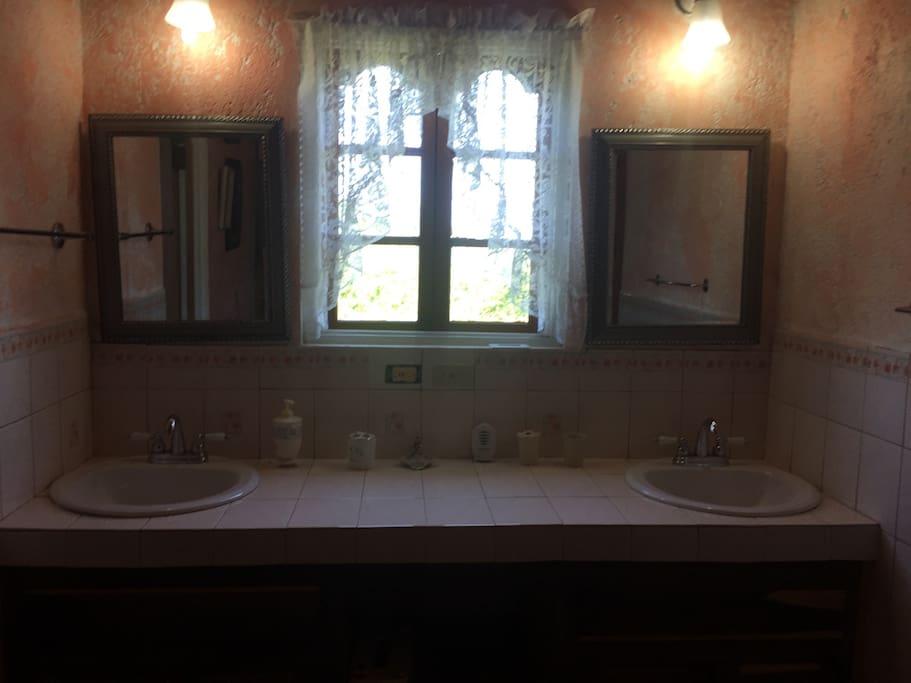 Honeymoon suite washroom sinks
