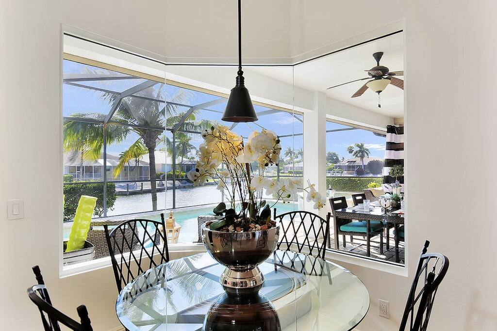 Breakfast area with great water views and seating for 4.