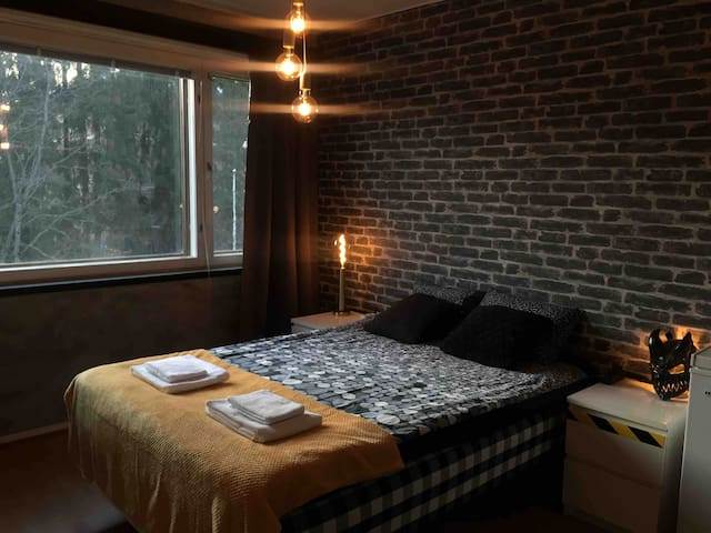 Small Apartment in the city center+ free parking