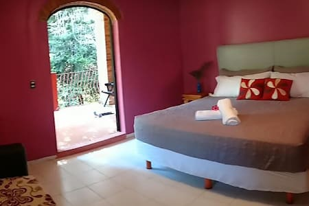 La Joya De Tuito B&B Boutique Resort King Room - El Tuito