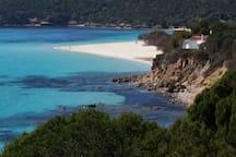 Spiaggia di Tuerredda, nelle vicinanze