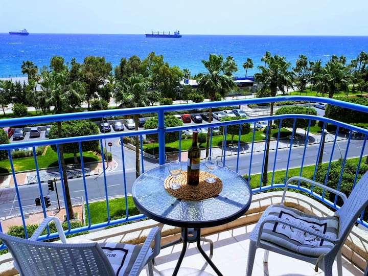 Sea Front Panorama *  Promenade * Marina * Central