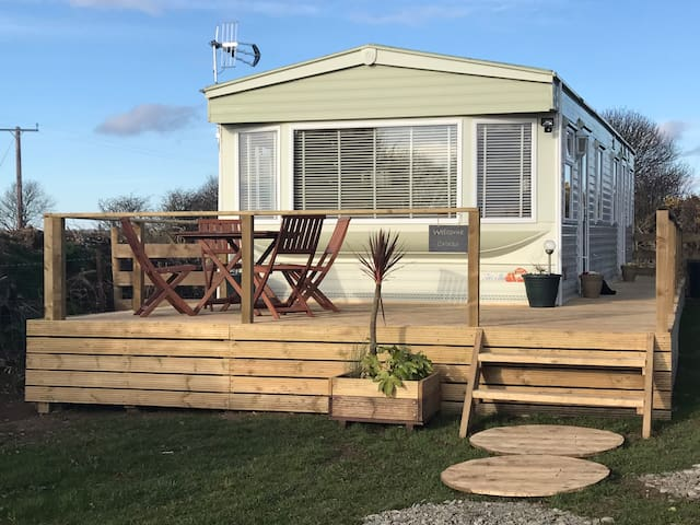 Coed Bach, Nr Rhosneigr, Anglesey (Pet Friendly)