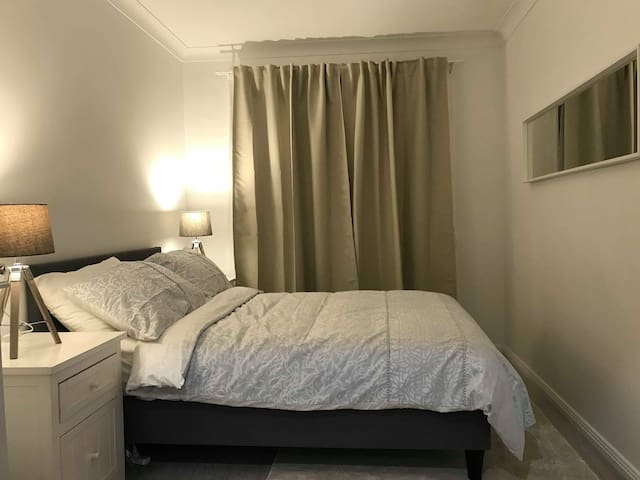 2nd Bedroom (Double bed)