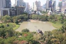 15 minutes to Benjasiri park at BTS Phrom Phong