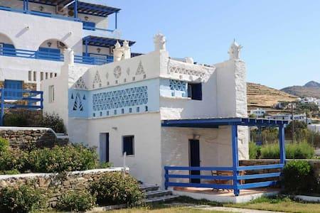 Tinos Beach Hotel - Kionia
