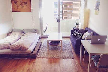 Moderne Wohnung in guter Lage - Munique