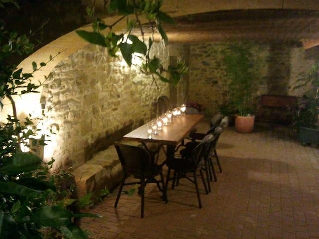lamaison-uzes, gite Mimosa - Montaren-et-Saint-Médiers - Apartamento