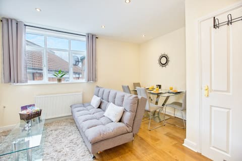 Immaculate City Centre - HPC links - 5☆ - Parking