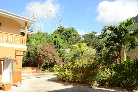 One Bedroom apartment - Beau Vallon - Mahe