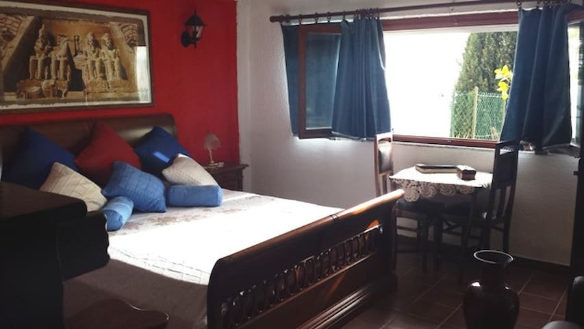 "B&B ETHNOTEL  ""  LEMON "" New Suite  - Imperia - Bed & Breakfast"