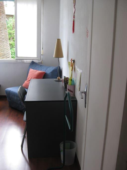 Chambre spacieuse et calme à louer