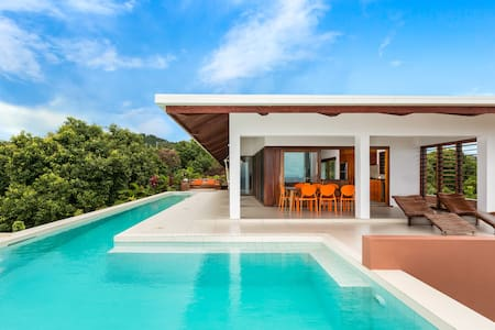 Private Holiday House