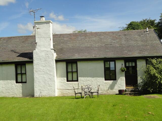 Separate Flat E.Ayrshire nr Troon and Glasgow - Fenwick - House