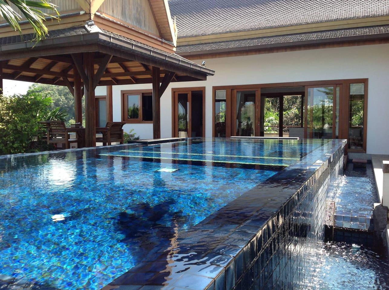 Amazing Villa Surin Sea View