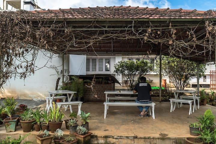 Cottage amidst tea plantation in Kotagiri