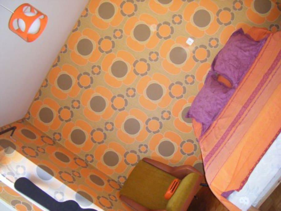 La chambre d'amis : allergiques aux 70's s'abstenir! ;)