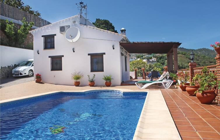 Holiday cottage with 1 bedroom on 52m² in Frigiliana