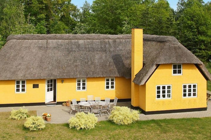 Quiant Holiday Home in Jutland with Sauna