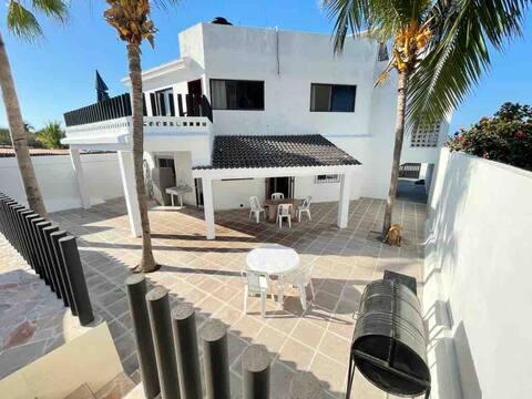 Maison entière, Vue sur l'océan, 4br, 4ba, avec piscine