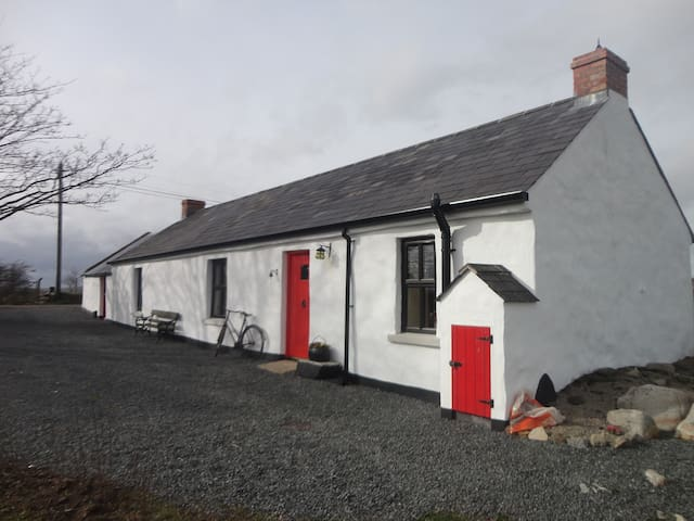 Irish cottage in Mourne Mountains