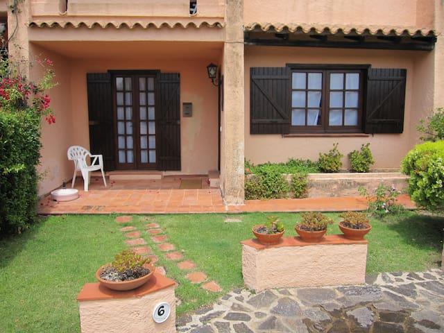 Grazioso trilocale con giardino  - Cannigione - Apartemen
