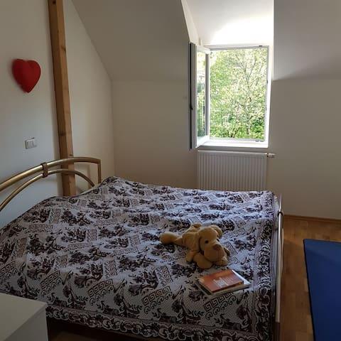 Nice Room by kronberg not far Fair/Messe Frankfurt